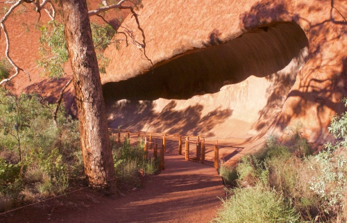 Slight Charm Uluru Male Site